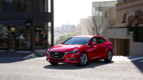 Обновилась японская сестра-близнец нашей «матрёшки» Mazda 3 - смотреть фото на Am.ru