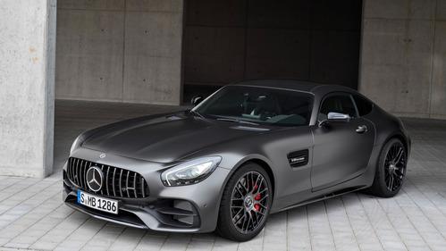 Купе Mercedes-Benz AMG GT обновилось и догнало родстер по мощности.Новости Am.ru