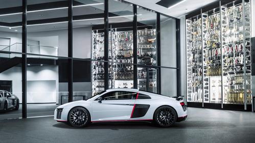 Audi представила эксклюзивную R8 V10 plus selection 24h.Новости Am.ru
