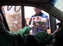 Детские шуточки с недетскими клаксонами на автомобилях.