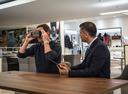 В дилерских центрах Jaguar Land Rover появятся очки виртуальной реальности.Новости Am.ru