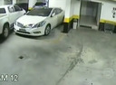 Шокирующее видео о беспределе на паркинге.