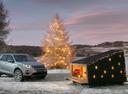 Jaguar Land Rover построил новый дом для Санты.
