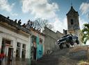 Автомобильный паркур на 850-сильном пикапе по улицам Гаваны – смотреть видео на Am.ru